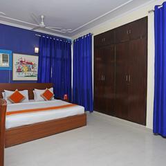 OYO 13403 Petals Elite in Noida