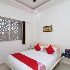 OYO 13406 Hotel Golden Leaf in Bareilly