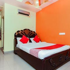 OYO 13425 Sindhura Guest House in Vishakhapatnam