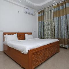 OYO 13502 Home 2bhk Simran Villa Dit in Dehradun