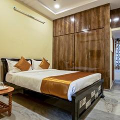 OYO 13550 Hotel Pushpa Grand in Hyderabad