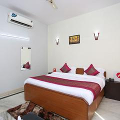 OYO 13592 Royal Stay Inn in Noida
