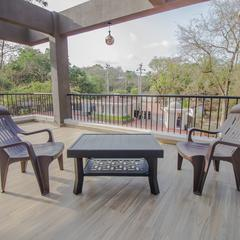 OYO 13767 Home Exotic Pool View 3bhk Anjuna in Marna
