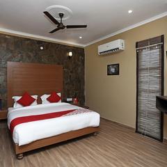 OYO 14631 Madhuban Resort Deluxe in Ramnagar