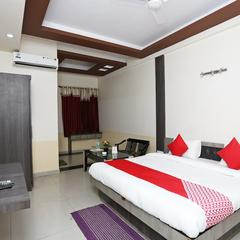 OYO 16103 Hotel Neelkanth in Aligarh