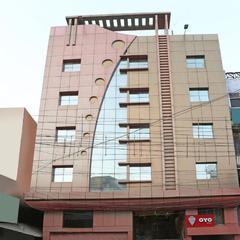 OYO 1671 Hotel Sundaram in Prayagraj