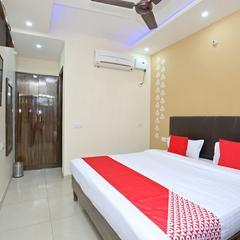 OYO 16975 Hotel Golden View in Chandigarh