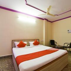 OYO 17316 Radika Residency in Warangal