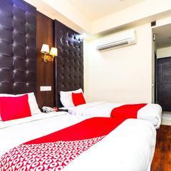 OYO 18810 Hotel Noor Mahal in Moga