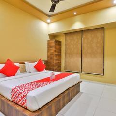 OYO 18903 Somchandra Hotel in Somnath