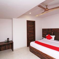 OYO 19610 Hotel Nutan Krishna in Vrindavan