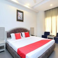 Capital O 23498 Hotel Jane Royale Deluxe in Ludhiana