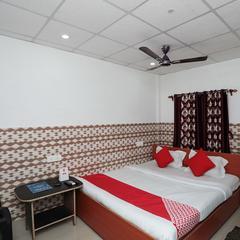 OYO 24224 Varsha Resort in Tajpur