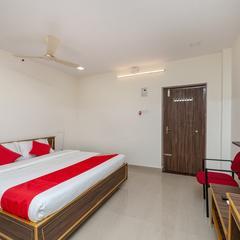 OYO 24580 Sri Surya Guest Inn Deluxe in Nellore