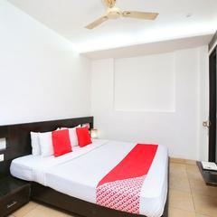 OYO 24912 Hotel Raunak in Pinjaur