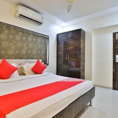 OYO 27633 Hotel Dan in Vapi