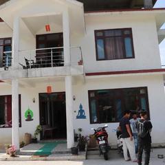 OYO 28605 Ram Sail Villa in Bir