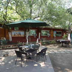 OYO 29068 The Green Petal Resort in Gwalior