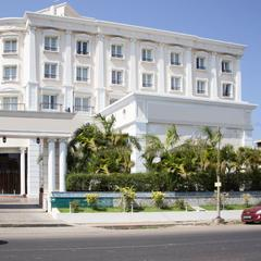 OYO 5079 Hotel Le Royal Park in Pondicherry