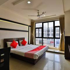 OYO 5122 Hotel Midway Residency in Gandhinagar