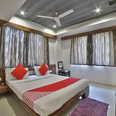 OYO 5330 Hotel Green Apple in Gandhinagar