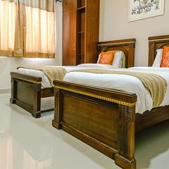 OYO 5526 Madras Inn Alwarpet in Chennai