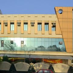 OYO 5788 Tarang in Lucknow