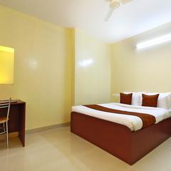 OYO 6725 Palm Inn in Alwaye