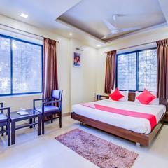 OYO 693 Hotel Ranjanas Hospitality in Pune