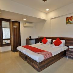 OYO 7673 The Ark Apartment Hotel in Wakad
