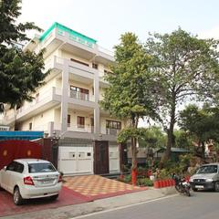 OYO 8430 Absin Hospitality in Greater Noida