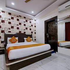 OYO 8764 Hotel Green View Palace in Noida
