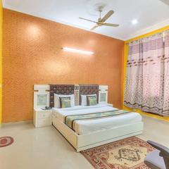 OYO 8910 Celeste Inn in Greater Noida