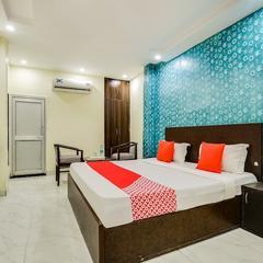OYO 9040 Hotel Alpine Deluxe in Chandigarh