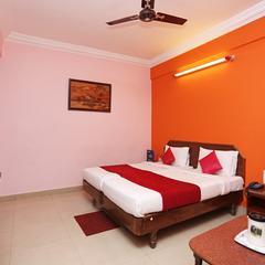 OYO 9526 Hotel Kannika International in Kushalnagar