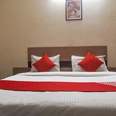 OYO Flagship 17297 Kathir Palace Madurai Main in Madurai