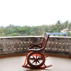 OYO Home 10383 2BHK Dona Paula Beach in Marmagao
