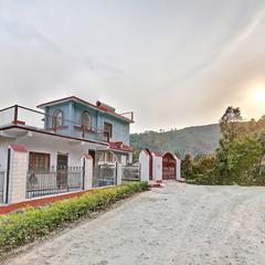 OYO Home 13432 Exotic Villa 2bhk in Nainital