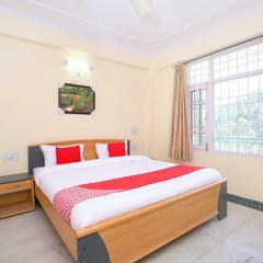 OYO Home 14077 Serene Hill View 2bhk in Kasauli