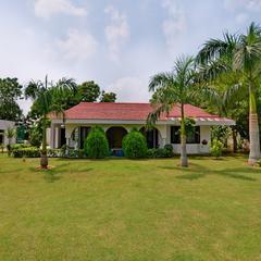 OYO 16133 2bhk Luxury Farmhouse in Manesar