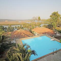 OYO Home 17402 Pool View Villa 4bhk in Old Goa Goa
