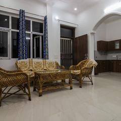 OYO Home 24002 Pleasing Stay in Dehradun