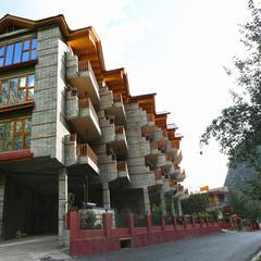 OYO 5674 Hotel Royal Palace in Kasol