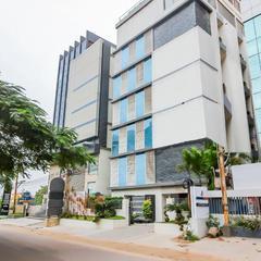 OYO Flagship 18335 Eaglewood Hotels in Kondapur