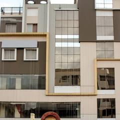 Oyo 6846 Siri Varshini Inn in Vishakhapatnam