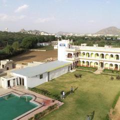 Parvat Valley Resort in Pushkar