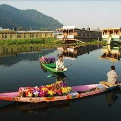 Privilege Houseboats in Srinagar