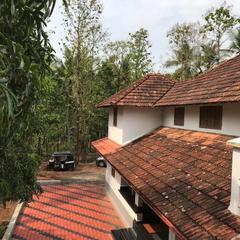 Pusha Vila's River side home in Kannur