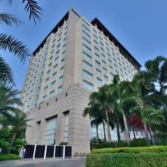 Radisson Blu Hotel, Indore in Indore