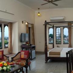 Rajvi Palace Hotel in Hanumangarh